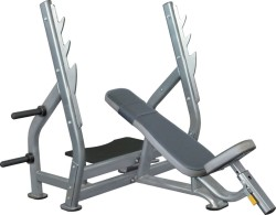 IE 7015C Incline Bench Press